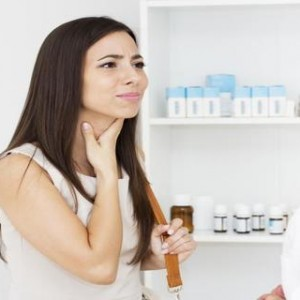 Early Signs and Symptoms Of Throat Cancer In Women and Man