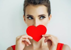 13 SIGNS THAT HE REALLY LIKES YOU (AND IT SCARES HIM)
